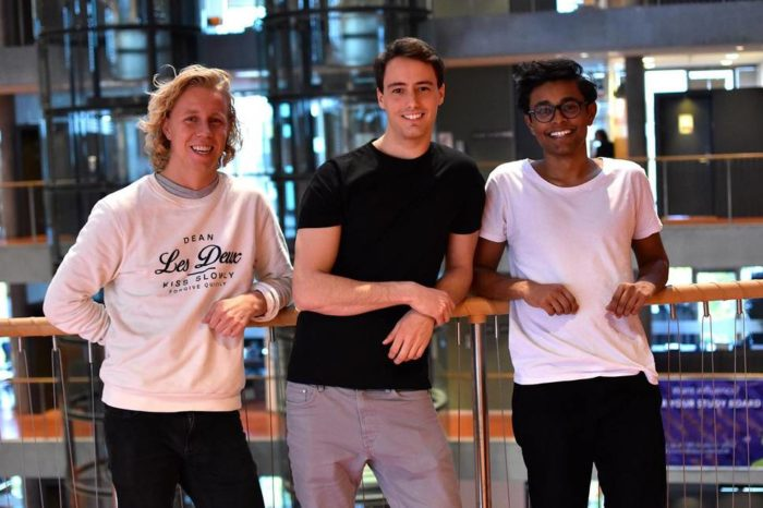Hold app looks to kick cell phone dependence in students
