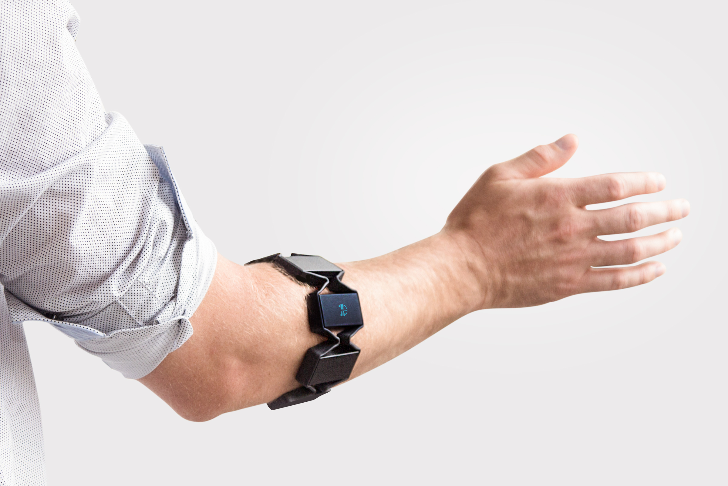 New wearable armband is revolutionising the way we interact with the digital world