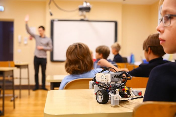 The robot startup that teaches children to code